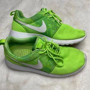 RARE Nike Roshe Run Flash Lime Sneaker